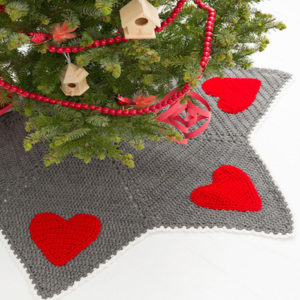 Holiday Hearts Christmas Tree Skirt